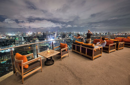 Zeppelin rooftop bar and restaurant- At Sukhumvit