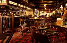 Huntsman Pub - At Sukhumvit