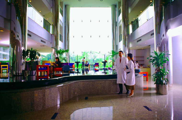 Dental Hospital Bangkok - At Sukhumvit