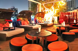 Nest Rooftop Lounge - At Sukhumvit