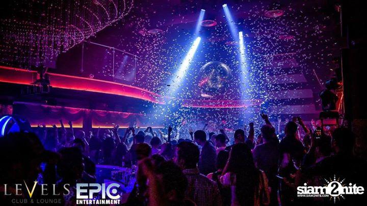 LEVELS Club & Lounge - At Sukhumvit